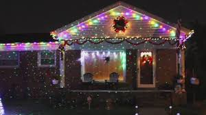 thieves targeting star shower light displays story wjbk