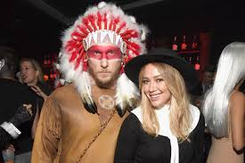 dapper halloween costumes hilary duff jason walsh u0027s halloween costumes were bad