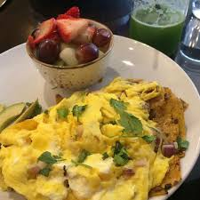 chilaquiles fruit juice picture of kanela breakfast club
