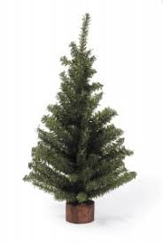 top 10 best u0026 realistic artificial christmas trees for outdoor