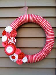 valentine u0027s day wreath pink red u0026 white yarn wreath w