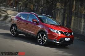 nissan qashqai 2015 should you buy a 2014 nissan qashqai tl video performancedrive