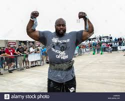 worlds strongest man stock photos u0026 worlds strongest man stock