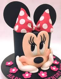 minnie mouse birthday cakes 945 best disney s mickey minnie mouse cakes images on