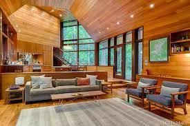 frank lloyd wright living room frank lloyd wright inspired lakeside home modern living room