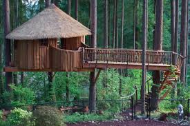 5 washington treehouses perfect for a summer weekend getaway