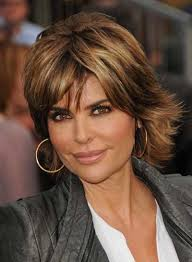 texture of rennas hair lisa rinna layered hairstyle lisa rinna and shoulder length