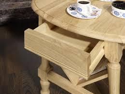 canape de style table basse ou bout de canapé eric en chêne de style louis