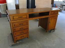 bureau style ancien bureau en bois style ancien sur mesure ebenisterie brettes bureau en