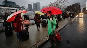 icky windy weather could crimp thanksgiving travel plans cnn