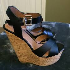 73 off wild diva shoes wild diva black and tan wedges from