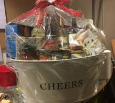 how to make gift baskets start a gift basket business learn grow profit gift basket