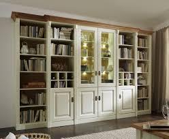 massivholz wohnwand wohnwand system bibliothek kiefer massiv champagner weiss