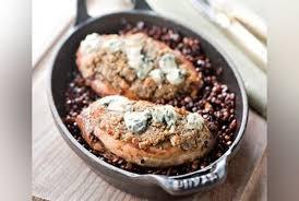 cuisine lentilles vertes pintade en croûte de fourme d ambert et lentilles vertes du puy