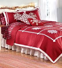 Quilted Coverlets And Shams 217 Best Christmas Bedding U0026 Decorations Images On Pinterest