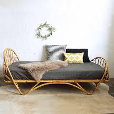 mobilier vintage enfant lit rotin corbeille vintage atelier du petit parc