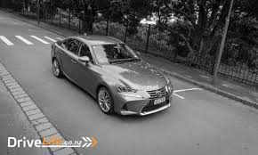 lexus is300 2017 interior 2017 lexus is300h limited u2013 car review u2013 smooth silent not so