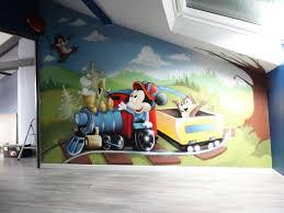 chambre enfant mickey gimus décoration chambre d enfant graffiti mickey tic et tac