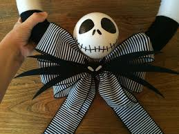skellington ribbon a nightmare before christmas yarn wreath thriftyfun