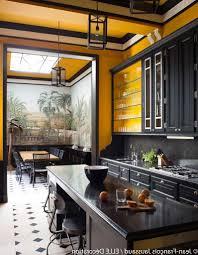 cuisine noir et jaune beau cuisine noir et jaune avec deco cuisine jaune et indogate