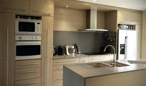 cuisine bois gris clair cuisine bois clair moderne cuisine bois gris clair on decoration d