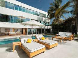beachfront downtown large villa modern wal vrbo