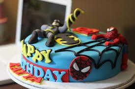 comelicious superhero cake 2