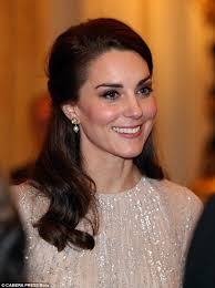 earrings kate middleton the one item that kate middleton always wears daily mail online