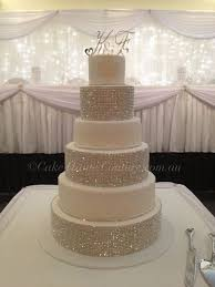 rhinestone cake wedding cakes with bling