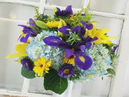 wedding flowers royal blue royal blue and yellow wedding flowers summer mixed wedding