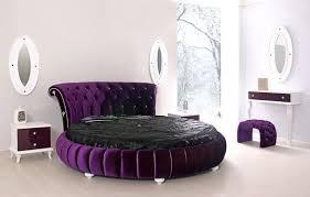 chambre a coucher avec lit rond lit rond au cœur d une chambre au design original lit rond tête