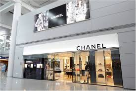 bad romance chanel kisses incheon international airport good bye