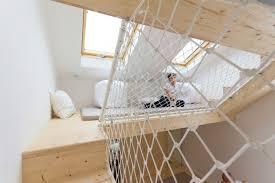 mezzanine chambre adulte design interieur aire jeux bois chambre adulte espace mezzanine