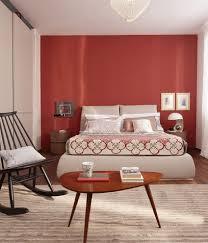 colori muro da letto una da letto con la parete dietro la testata rossa