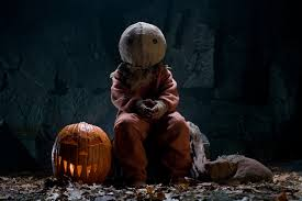 halloween horror nights scare actor pay trick u0027r treat u0027 scare zone coming to halloween horror nights