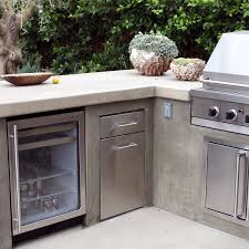 Kitchen Outdoor Ideas An Outdoor Fridge Is An Essential For A High End Built In Bbq