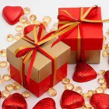red and gold two tone wedding favour boxes wedding paraphernalia