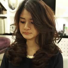 medium length layered wavy hairstyles 20 medium length layered haircut ideas designs hairstyles