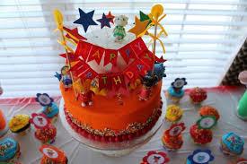 daniel tiger cake daniel tiger party today