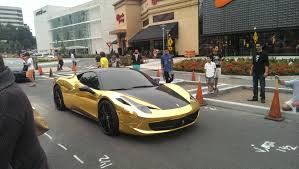 ferrari gold because a regular ferrari didn u0027t attract enough attention imgur