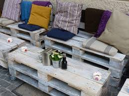 palette canapé mobilier fabriqué avec des palettes en bois meubles décos et écolos