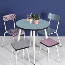 table de cuisine formica table de cuisine ronde en formica d70 léon les gambettes bleu jade