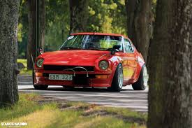 custom nissan 240z datsun 240z tuning custom nissan wallpaper 1680x1120 847284