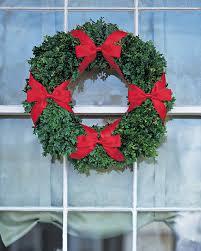 window wreaths four bow boxwood window wreath martha stewart