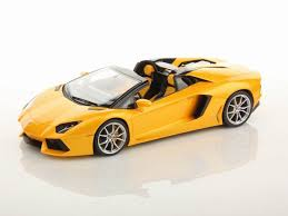 lamborghini aventador roadster yellow lamborghini aventador lp700 4 roadster 1 18 mr collection models