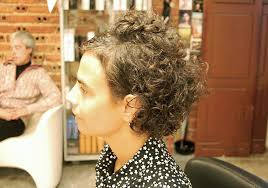 short curley hairstyles for middle aged women curly haircut with an edgy twist hairstyles weekly
