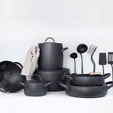 black friday pan set best 25 cookware set ideas on pinterest cookware classic pots