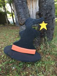 halloween yard decor wood witch hat with star on metal stake