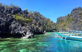 lexus van from puerto princesa to el nido journeys blog el nido palawan philippines part 1