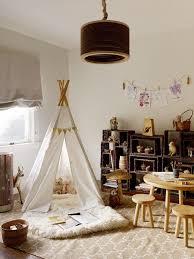 chambre bébé montessori une chambre montessori pour le petit dernier cocon de décoration